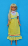 Skipper doll 1974 Malibu doll in #8610 outfit