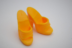 Barbie shoes 80s Superstar mules yellow