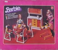 Barbie furniture 1978 Dream Furniture Dining Room 1