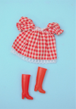 Daisy outfit Honeybun, with red boots