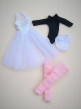 Daisy outfit Swanlake