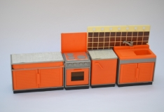 Dollhouse furniture Lundby type furniture
