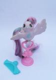 Hasbro Fairy Tail  Tinsel Tails Hasbro
