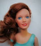 Darci doll red hair in original  outfit 2