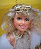 Jem doll Glitter n Gold 2