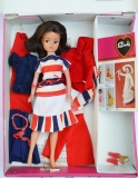 Sindy case with dolls and clothes D
