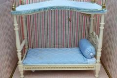 Barbie structure Principesa Milady bedroom bed